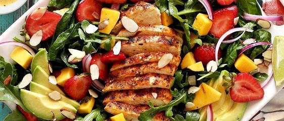 http://www.paleonewbie.com/cooked-recipe/strawberry-mango-grilled-paleo-chicken-salad-recipe/?print